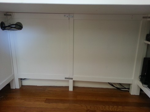 What were the two sides for the right pedestal of the desk becomes the back